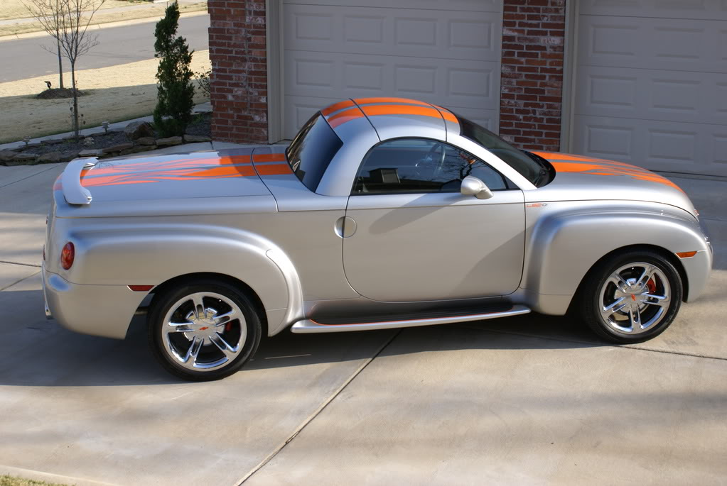 2018 Chevrolet SSR Hot Rod Power Tour Concept photo - 3