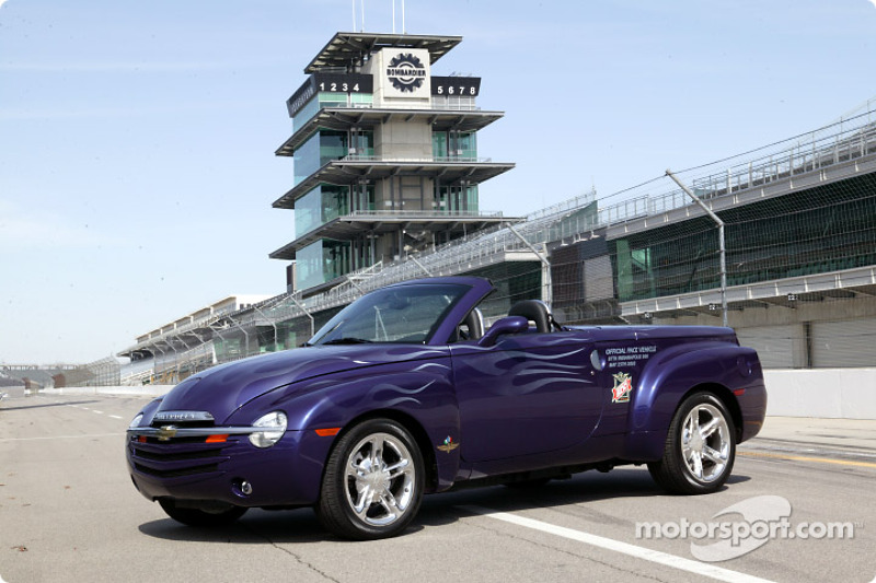 2018 Chevrolet SSR Indy 500 Pace Vehicle photo - 5