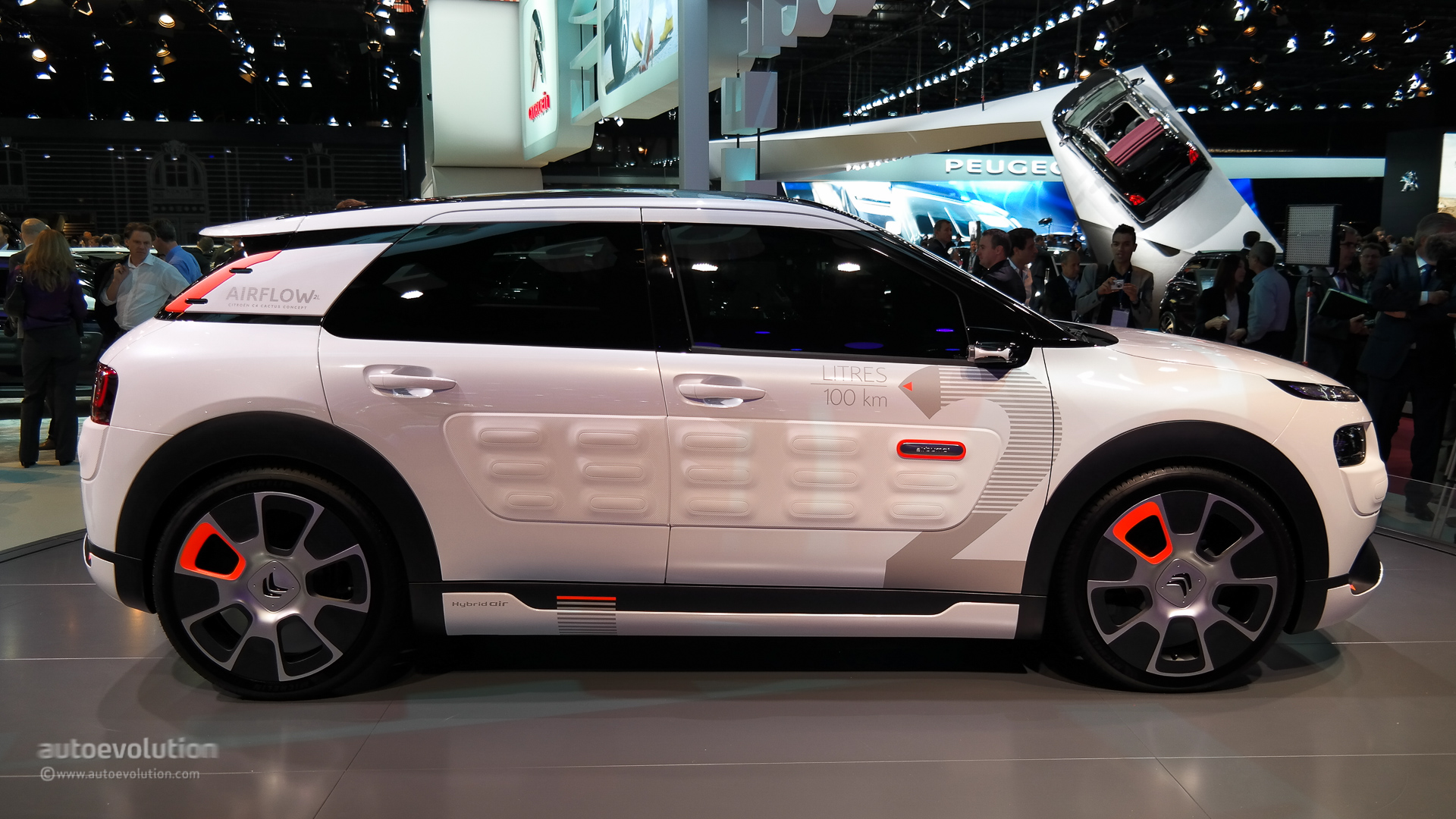 2018 citroen c cactus concept car photos catalog 2018. Black Bedroom Furniture Sets. Home Design Ideas