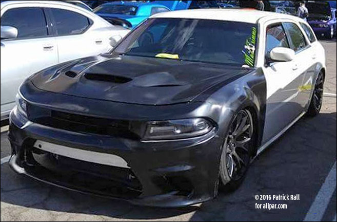 2018 Dodge Charger photo - 3