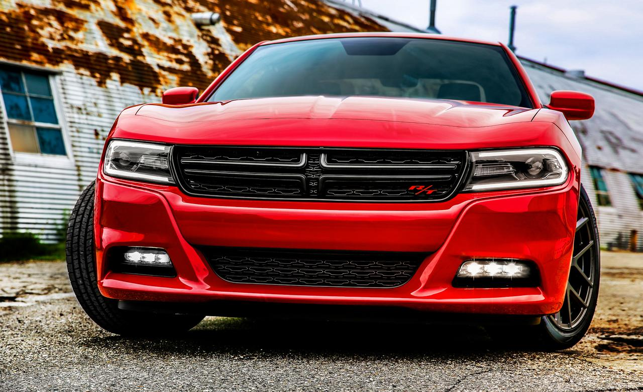 2018 Dodge Charger RT photo - 2