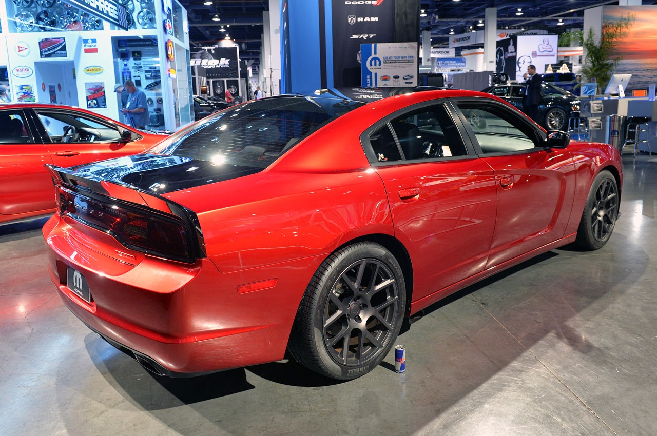 2018 Dodge Charger Scat Package photo - 4