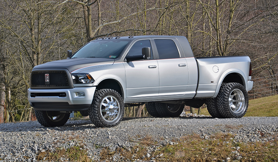 2018 Dodge Ram 3500 photo - 4