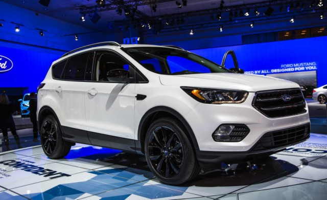 2018 Ford Escape photo - 1
