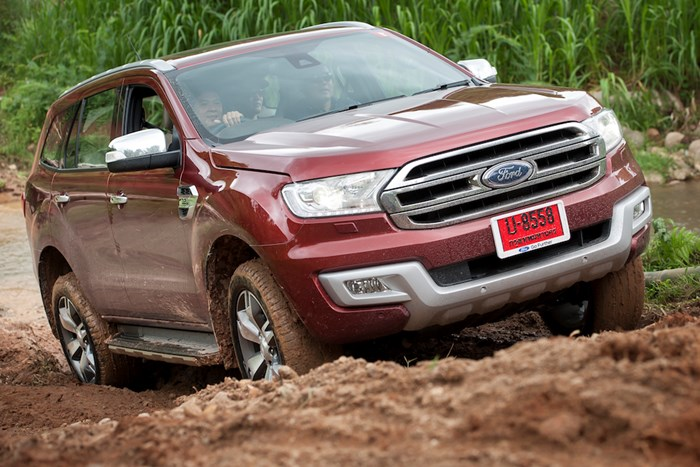 2018 Ford Everest photo - 1