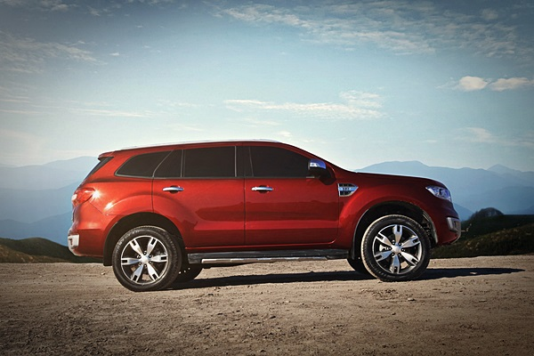 2018 Ford Everest photo - 3