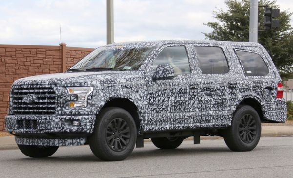 2018 Ford Excursion photo - 4
