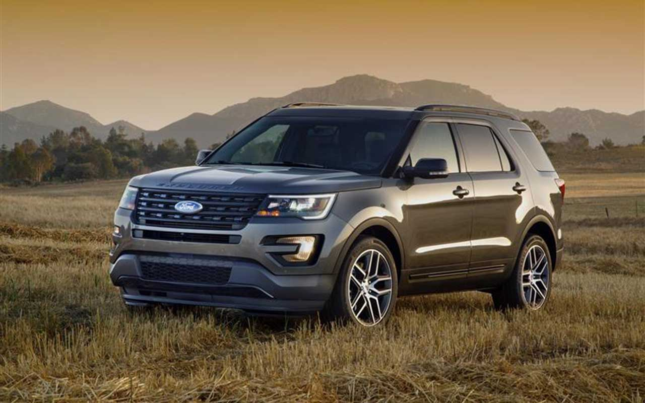2018 Ford Explorer photo - 1