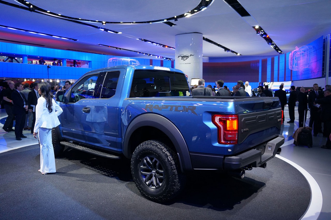 2018 Ford F 150 Raptor photo - 1