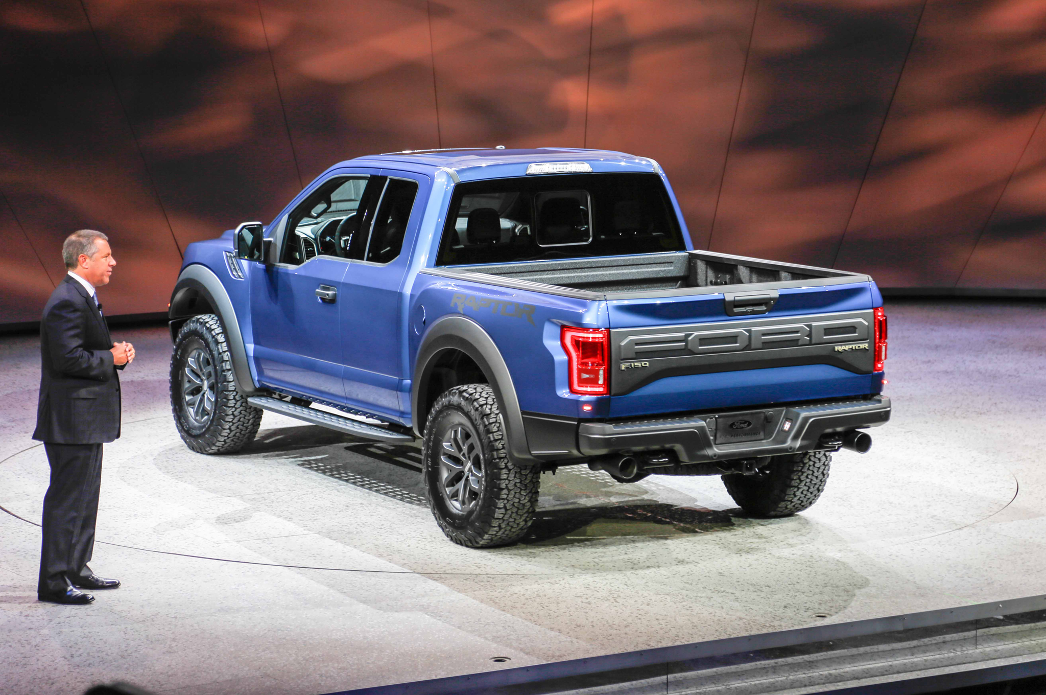 2018 Ford F 150 Raptor photo - 5
