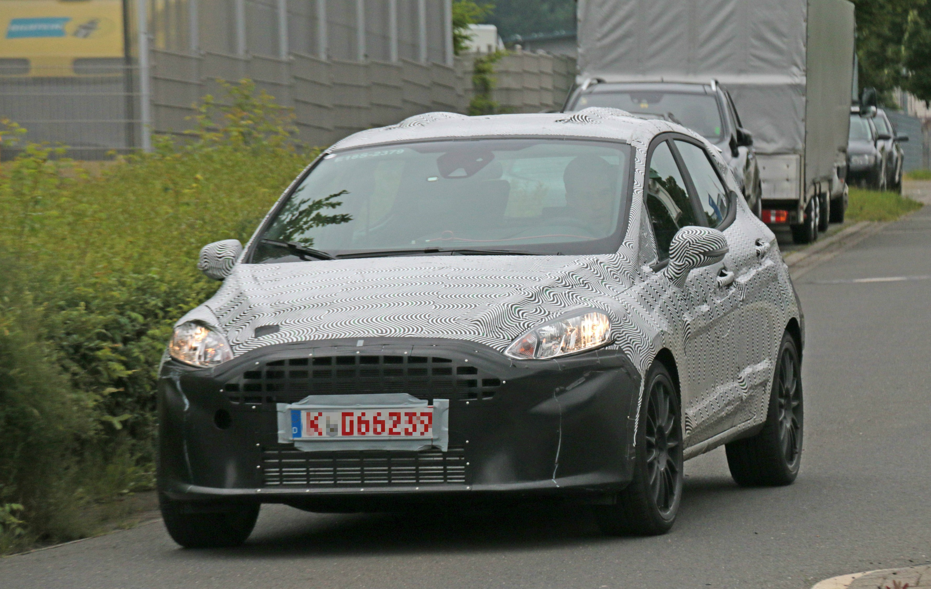 2018 Ford Fiesta S photo - 3