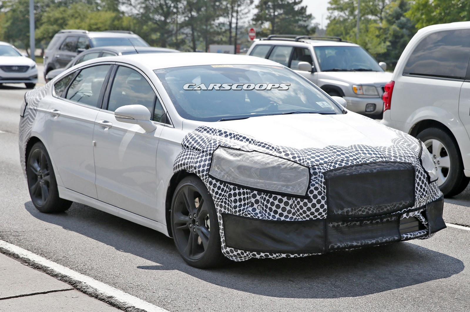 2018 Ford Mondeo photo - 5