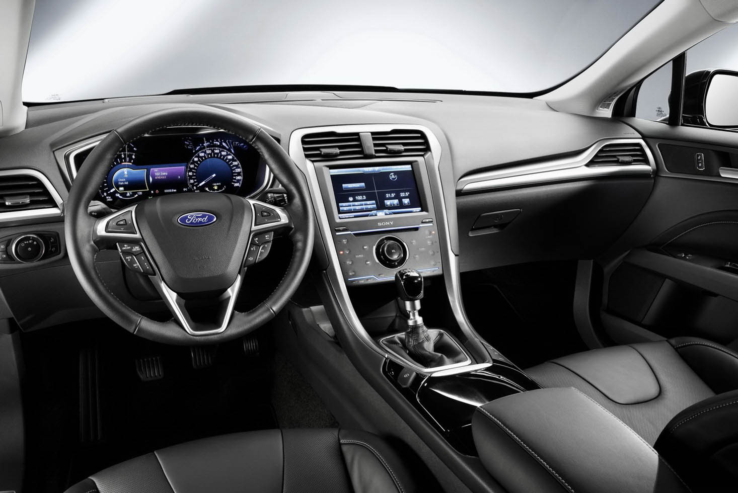 2018 Ford Mondeo Concept photo - 2
