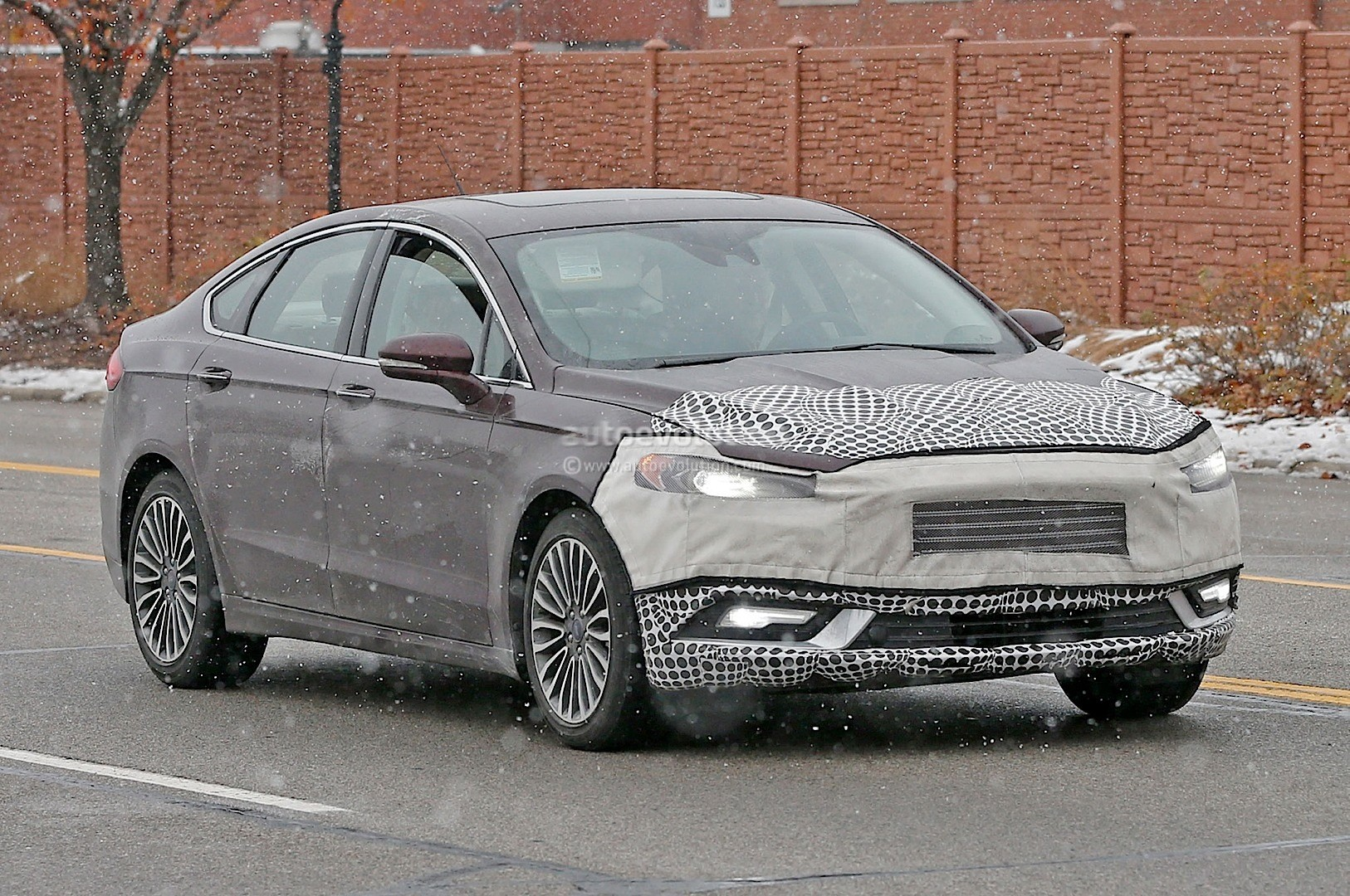 2018 Ford Mondeo Concept photo - 5