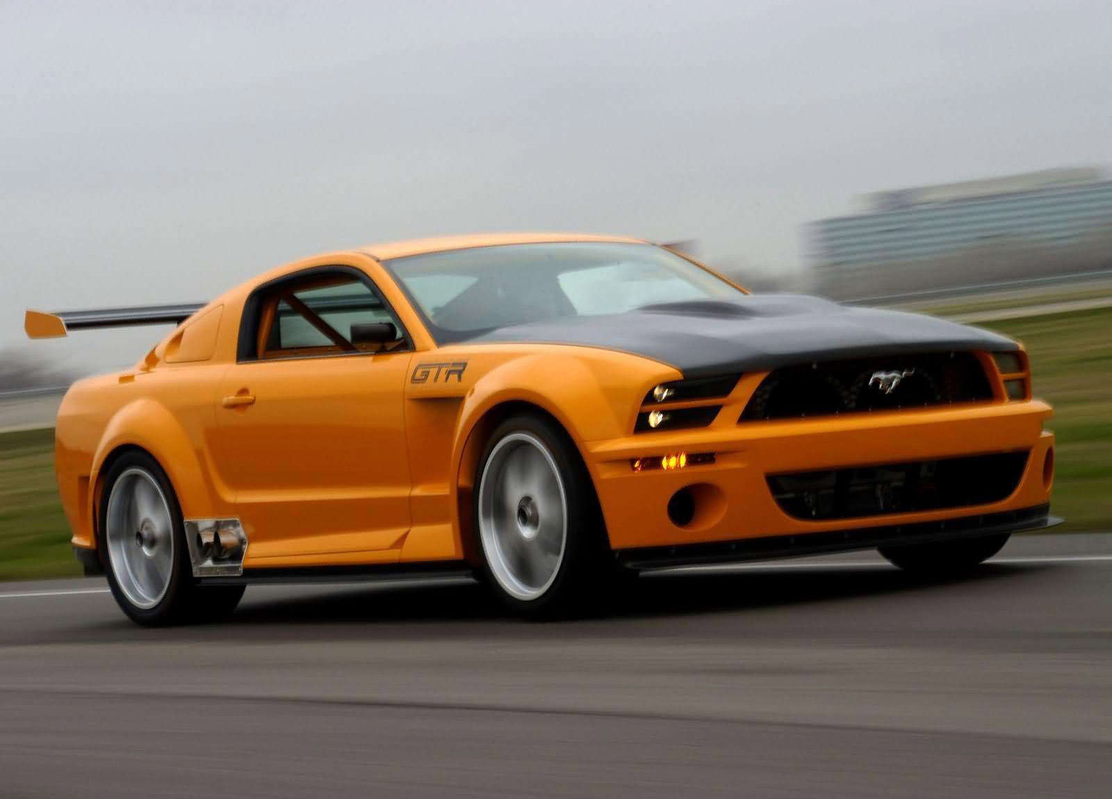 2018 Ford Mustang GTR 40th Anniversary Concept photo - 4