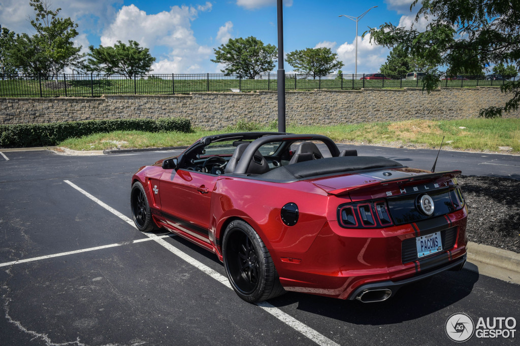 2018 Ford Mustang Shelby GT Convertible photo - 3