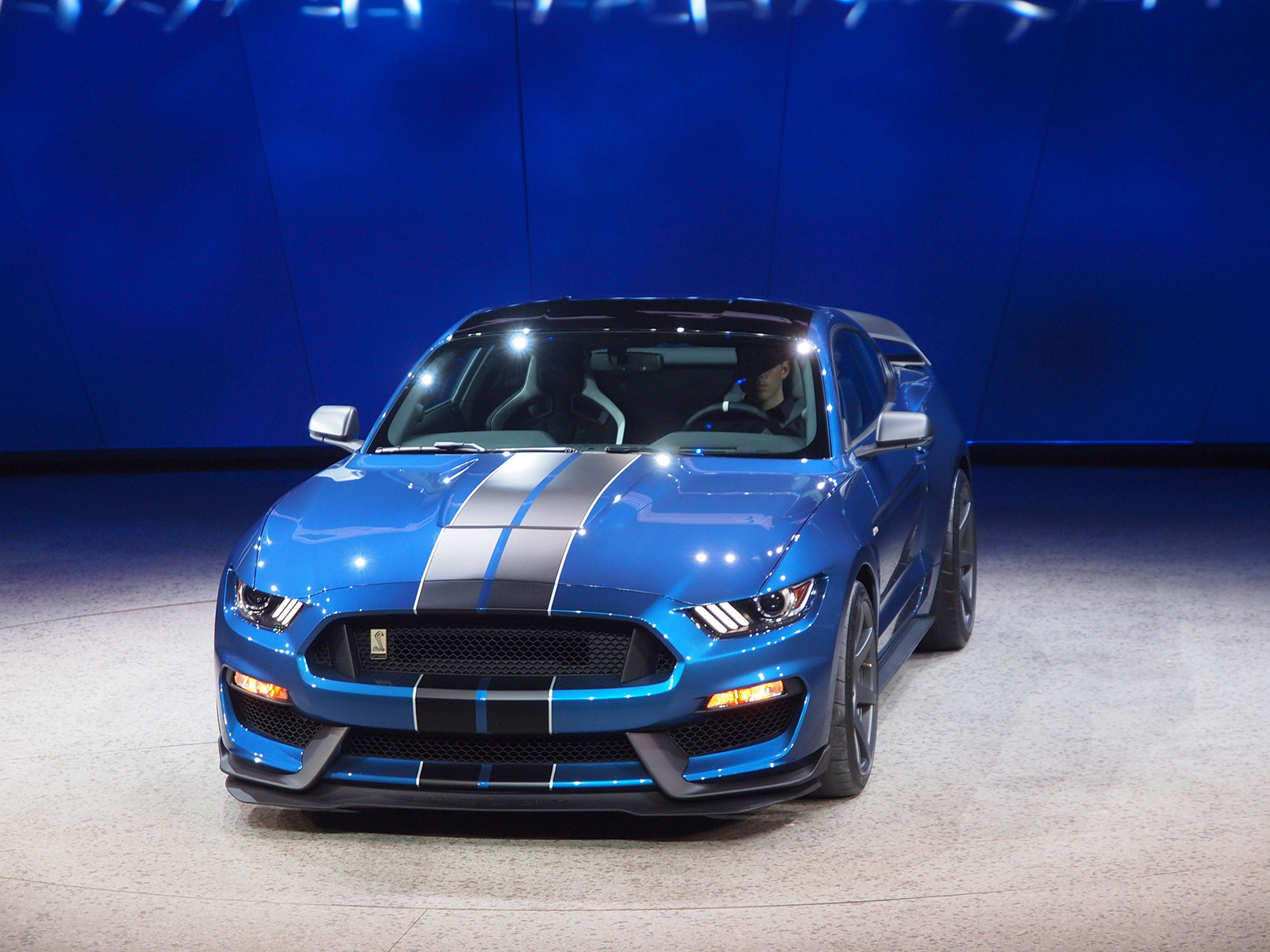 2018 Ford Mustang Shelby GT350R photo - 5