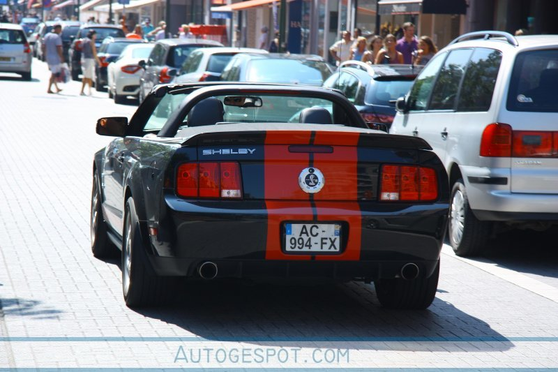 2018 Ford Mustang Shelby GT500 Red Stripe photo - 4