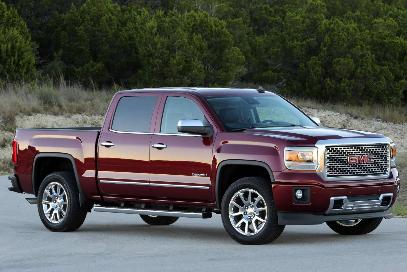 2018 GMC Sierra Denali 1500 Crew Cab photo - 2