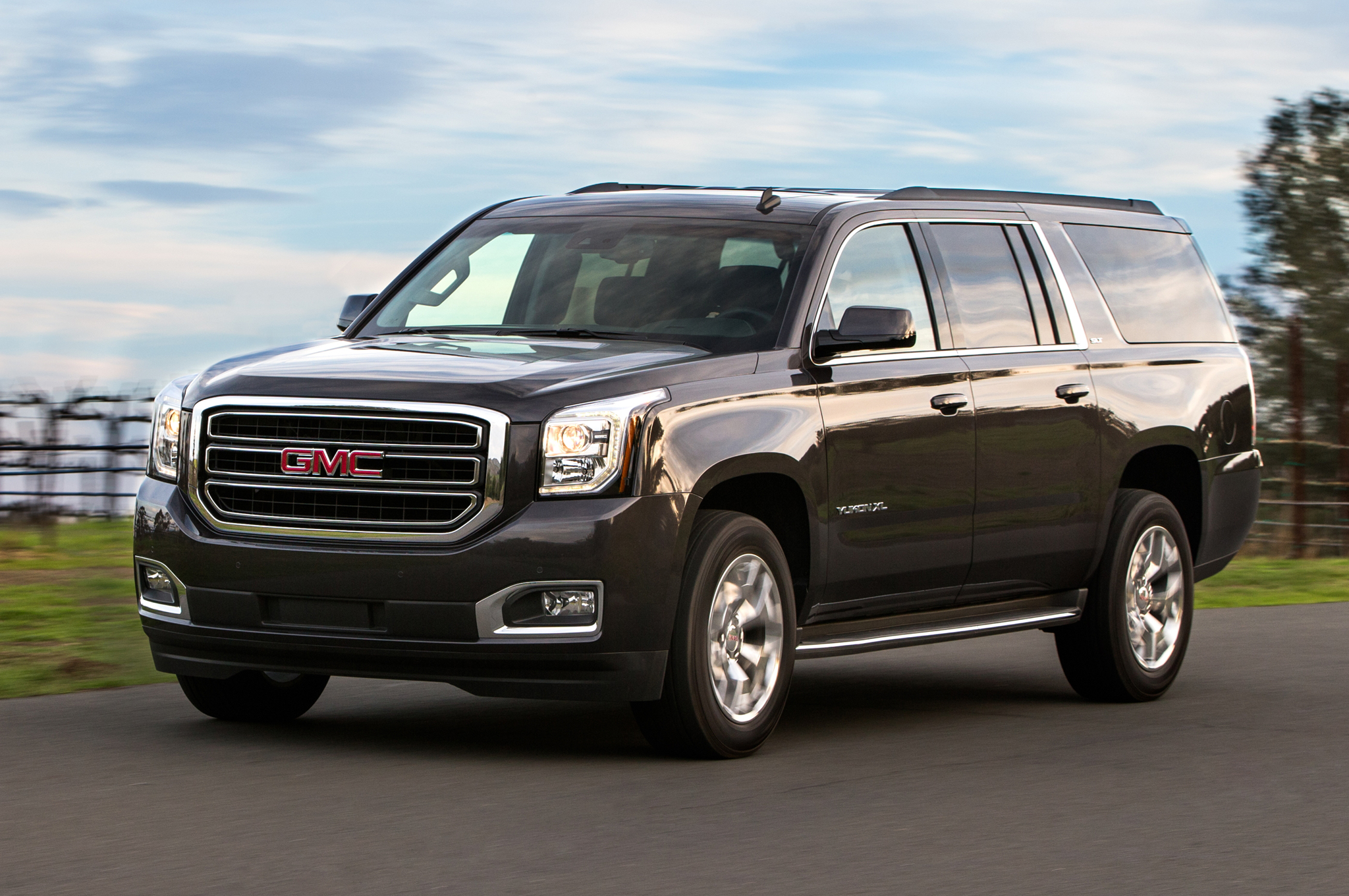 2018 GMC Yukon photo - 3