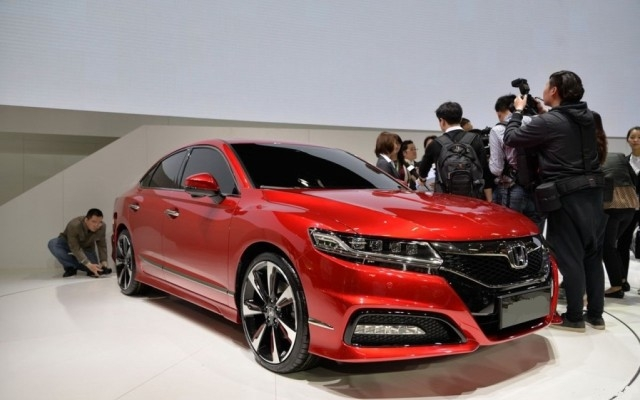 2018 Honda Accord photo - 3
