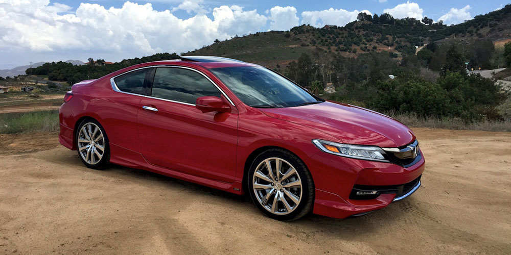 2018 Honda Accord Coupe photo - 2