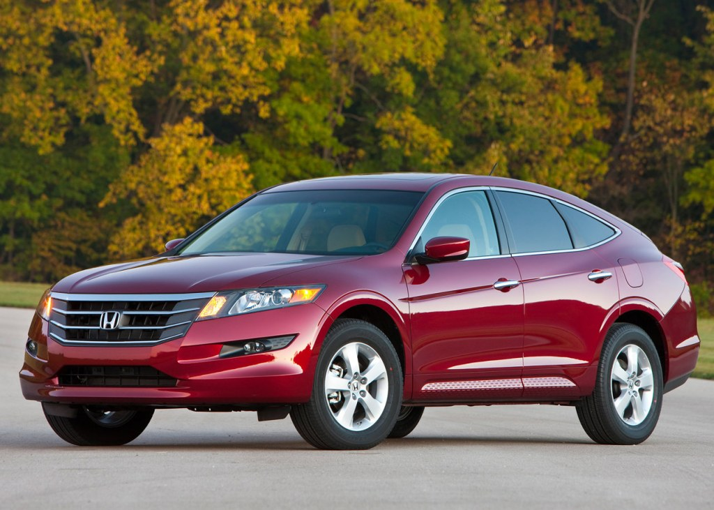 2018 Honda Accord Crosstour photo - 3