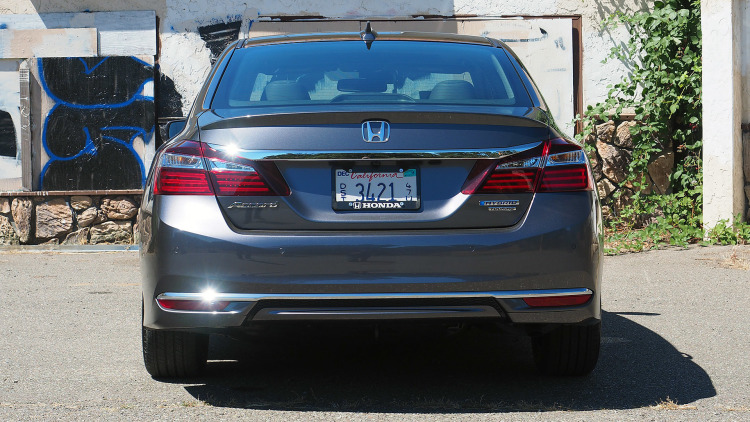 2018 Honda Accord Hybrid photo - 4