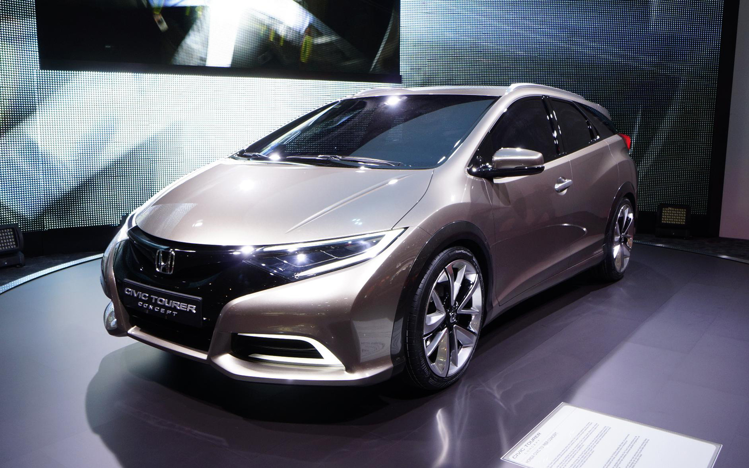 The updated 2018 Honda Accord Tourer Concept has now surfaced in ...