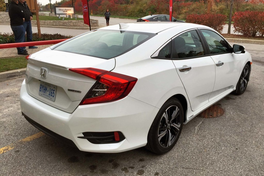 2018 Honda Civic Coupe photo - 2