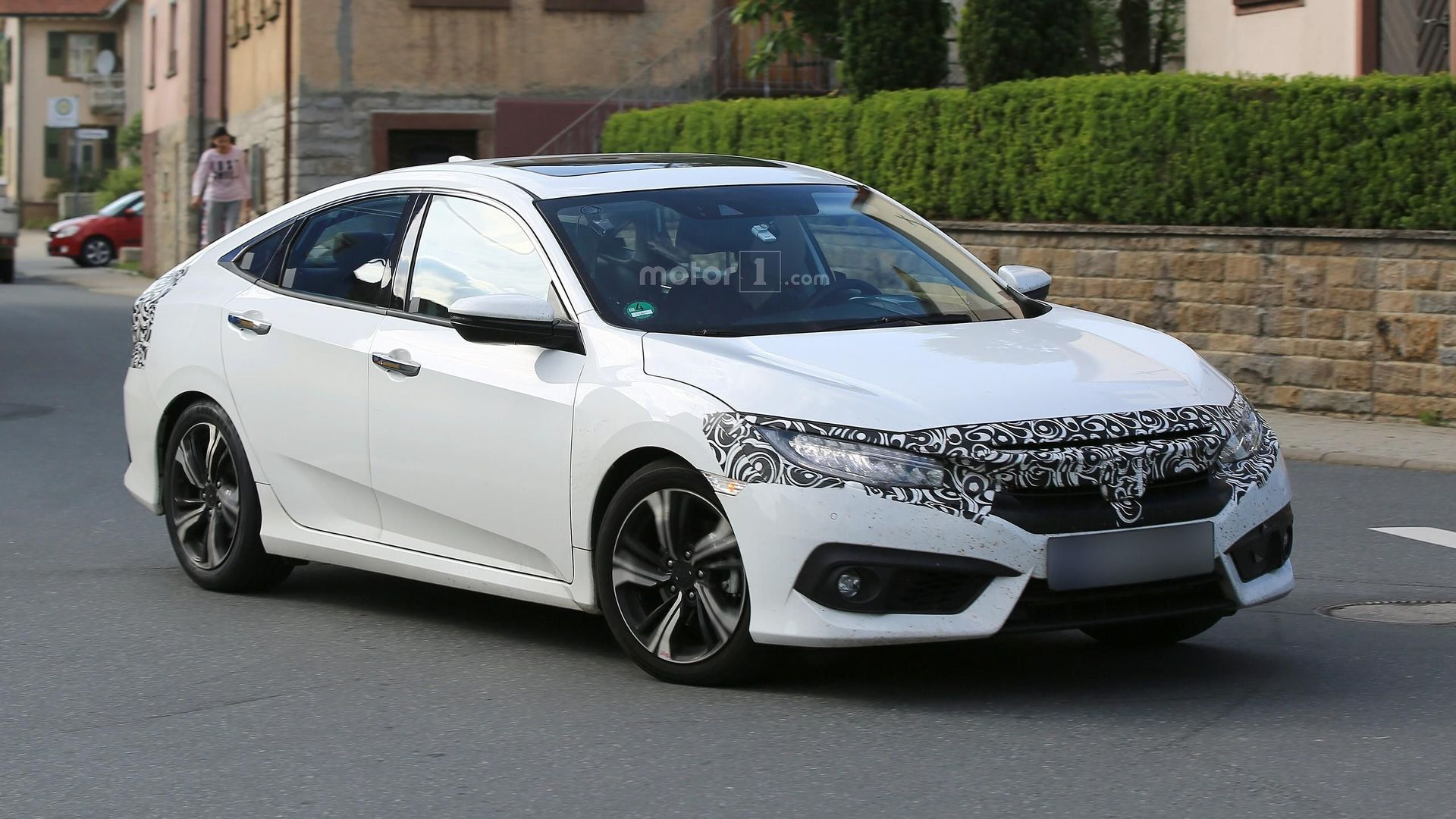 2018 Honda Civic Sedan photo - 1