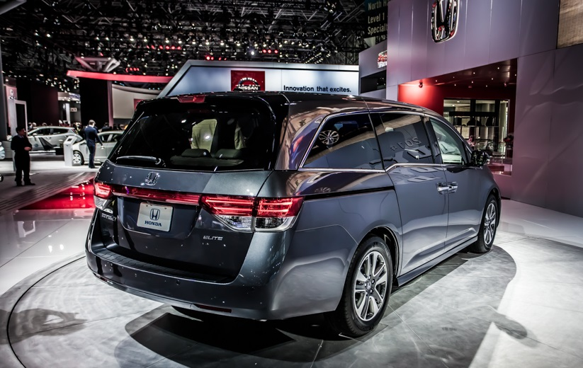 2017 Honda Accord V6 >> 2018 Honda Odyssey Touring Elite | Car Photos Catalog 2019