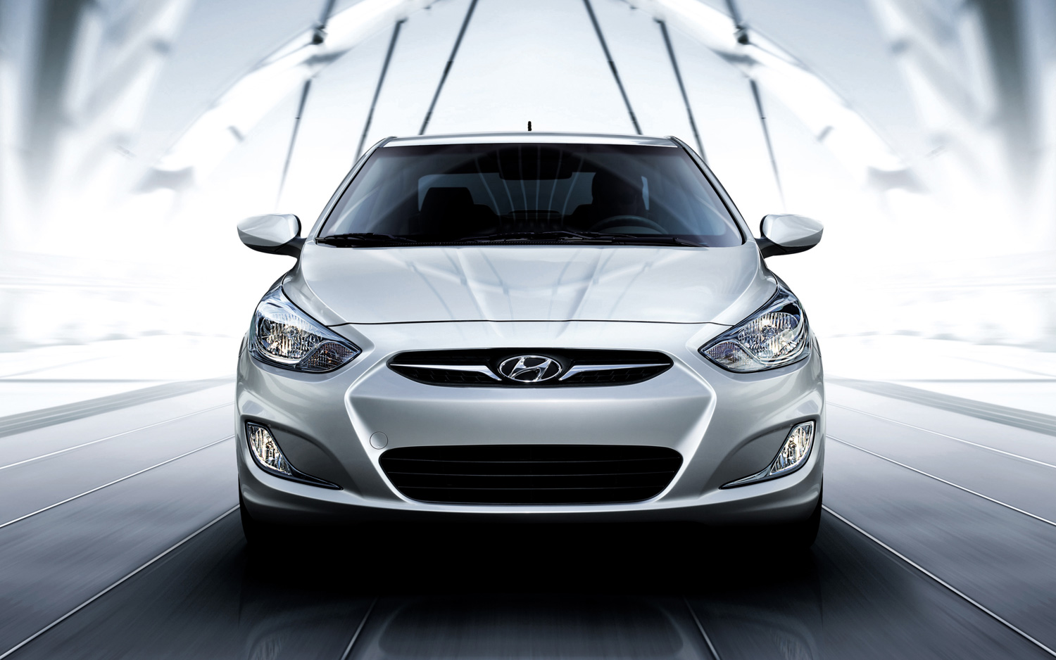 2018 Hyundai Accent photo - 3
