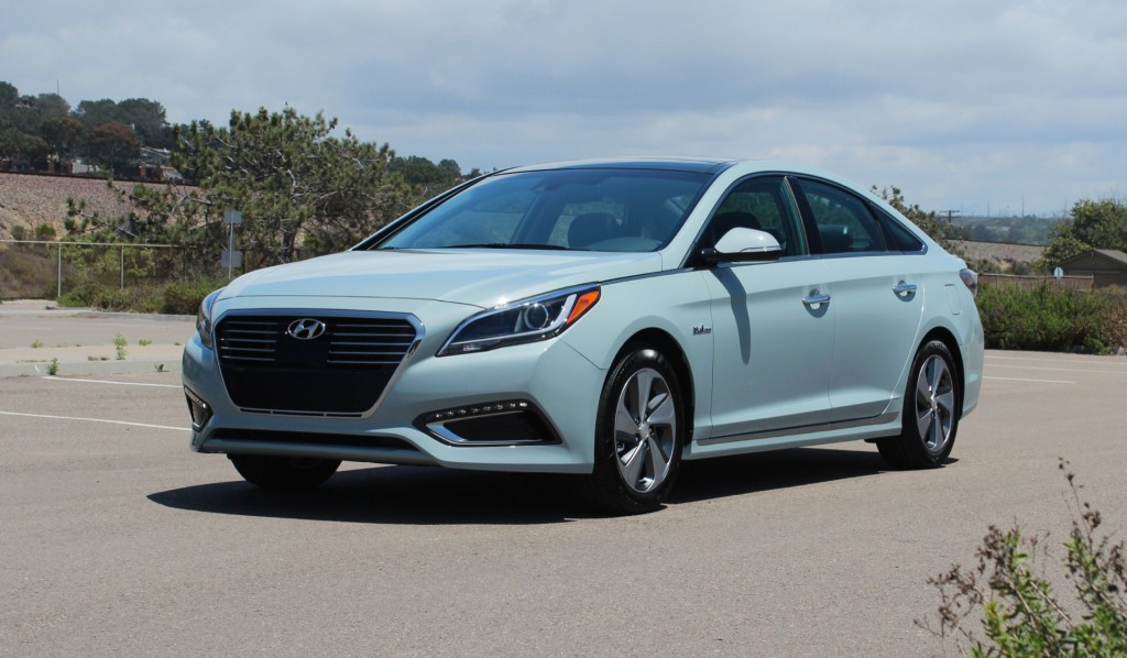 2018 Hyundai Sonata Plug in Hybrid photo - 2