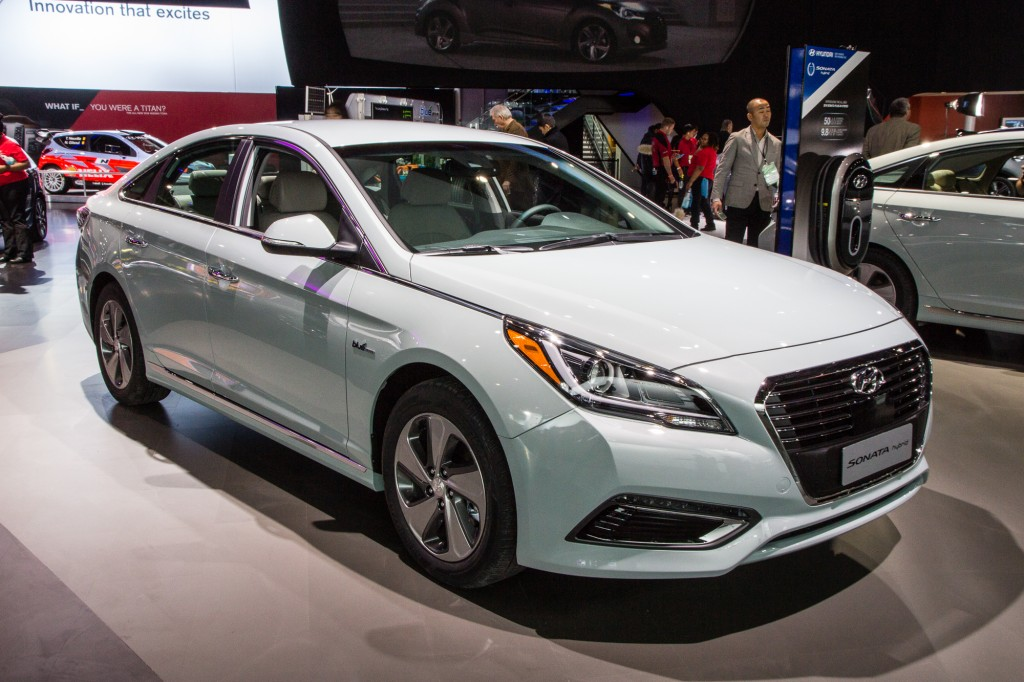 2018 Hyundai Sonata Plug in Hybrid photo - 3
