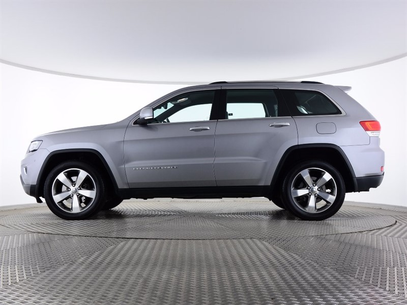 2018 Jeep Grand Cherokee S Limited UK Version photo - 2