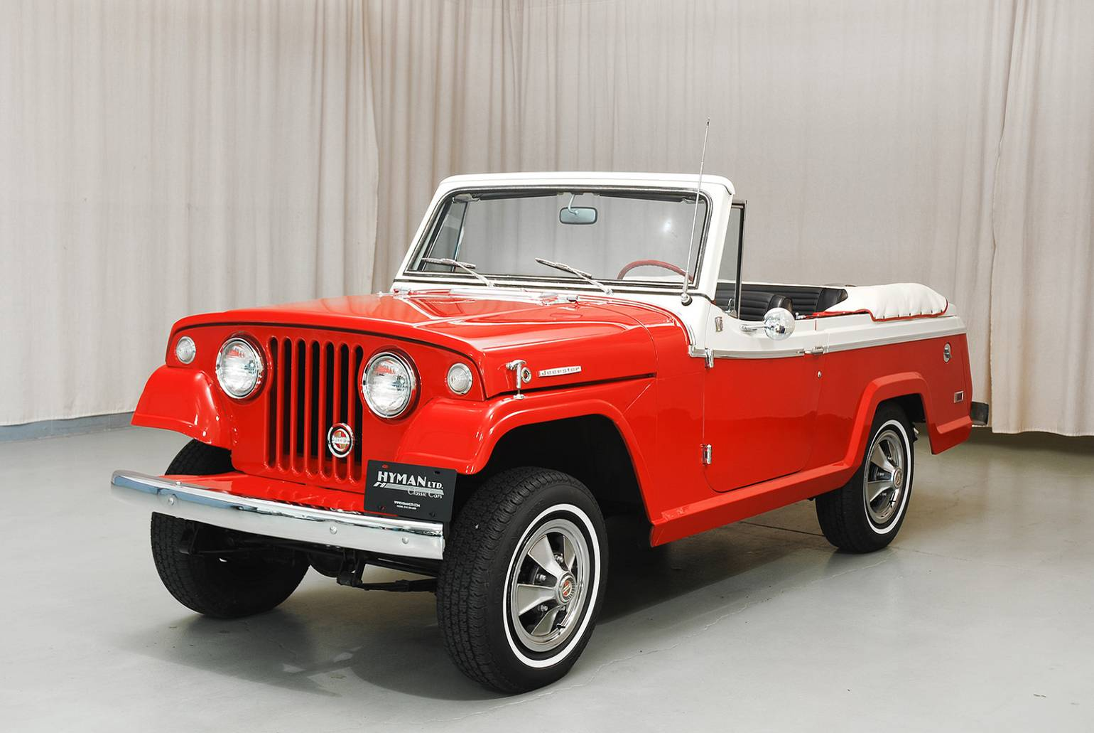 2018 Jeep Jeepster Commando Convertible photo - 1