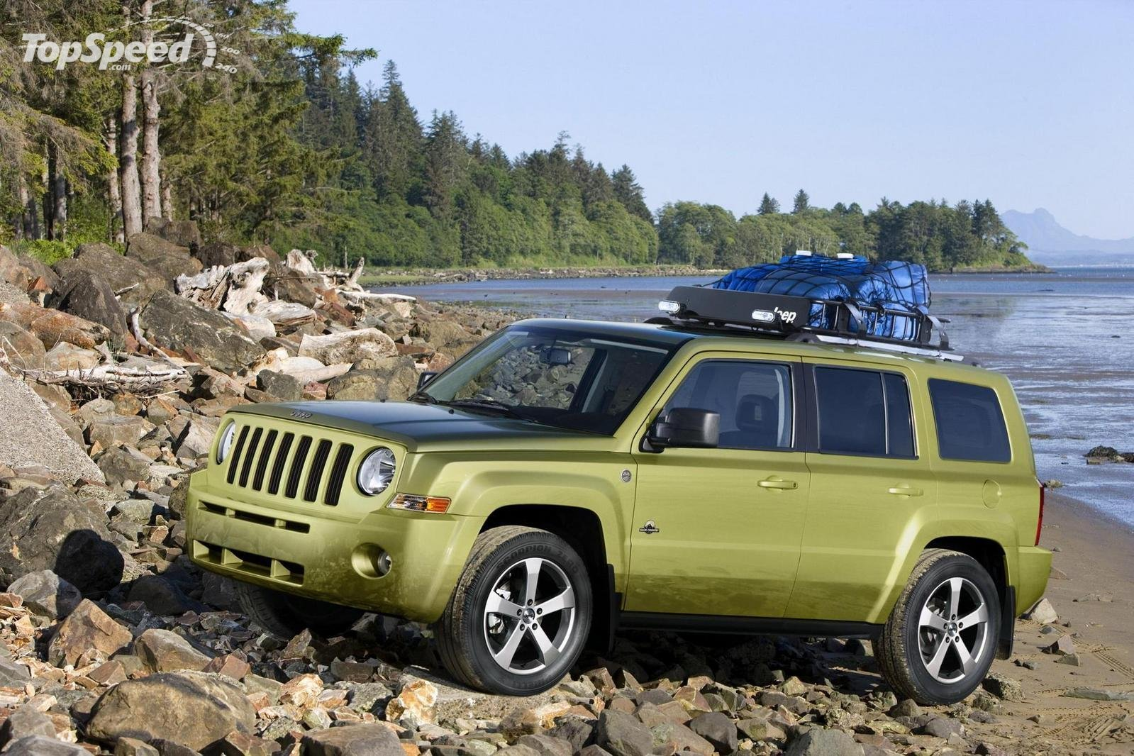 2018 Jeep Patriot Back Country Concept photo - 1