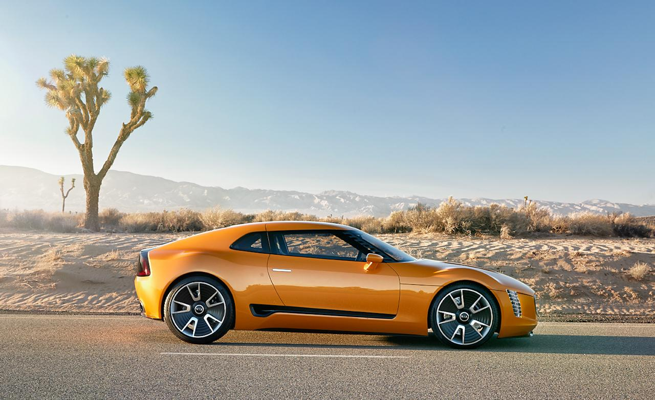 2018 Kia GT4 Stinger Concept photo - 1