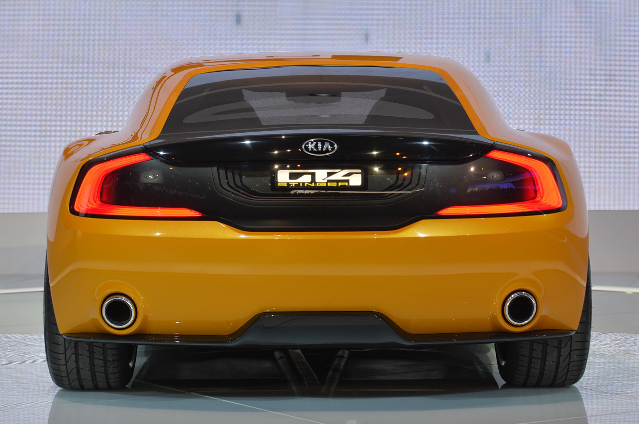 2018 Kia GT4 Stinger Concept photo - 4