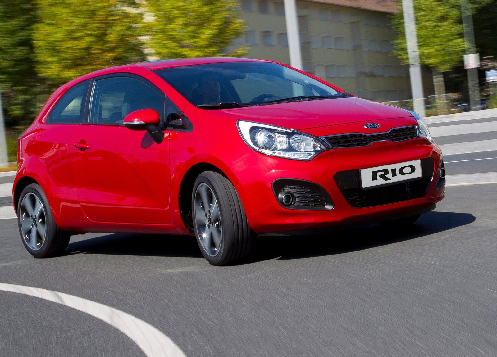 2018 Kia Rio 3 door photo - 5
