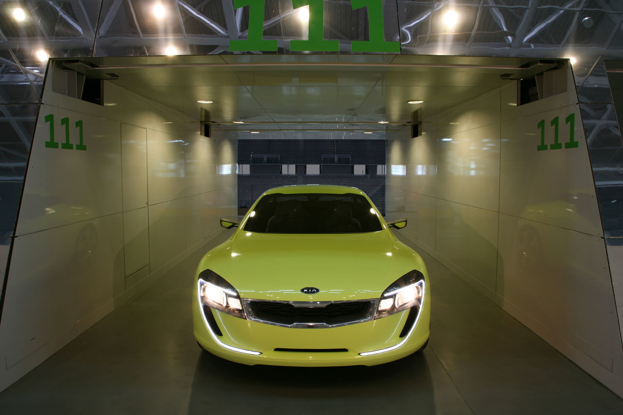 2018 Kia Sports Coupe Concept photo - 5