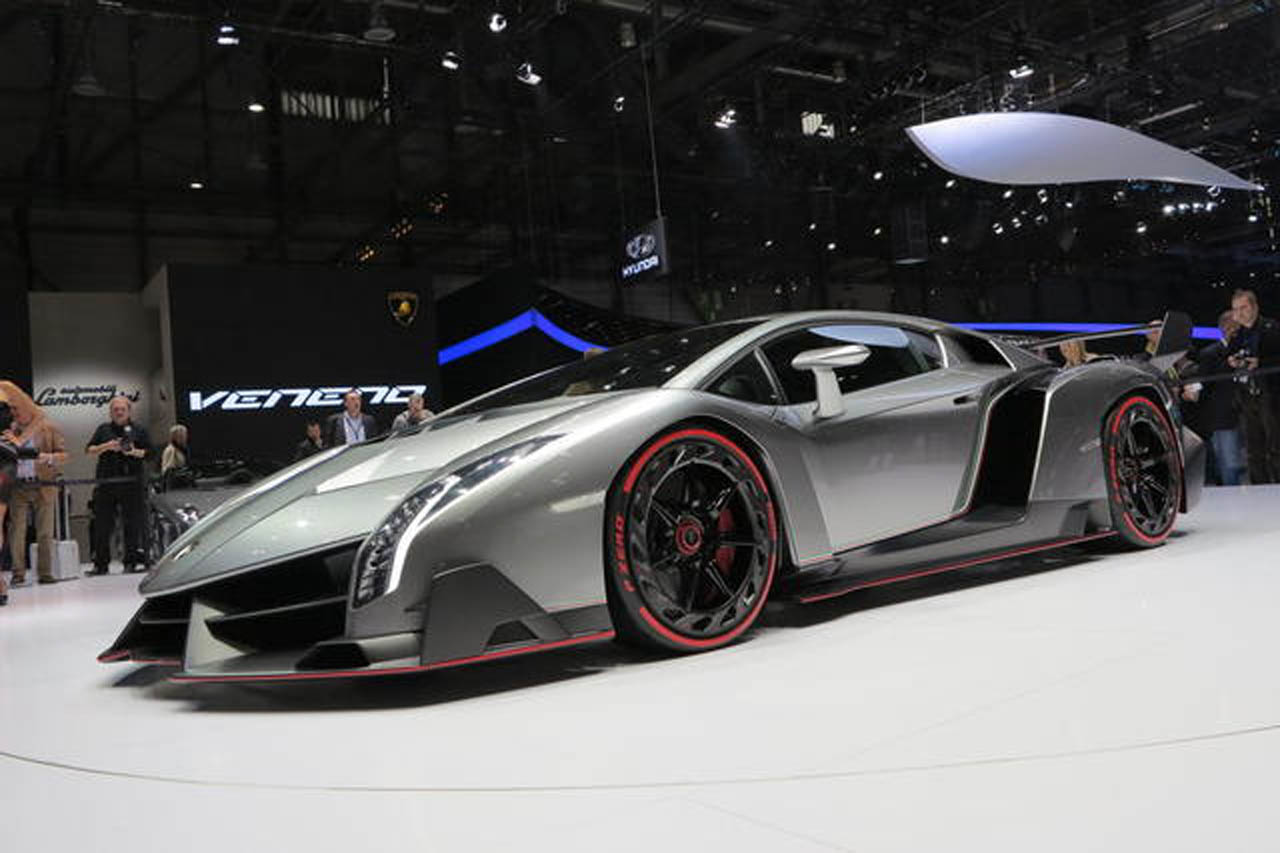 2018 Lamborghini Veneno photo - 1
