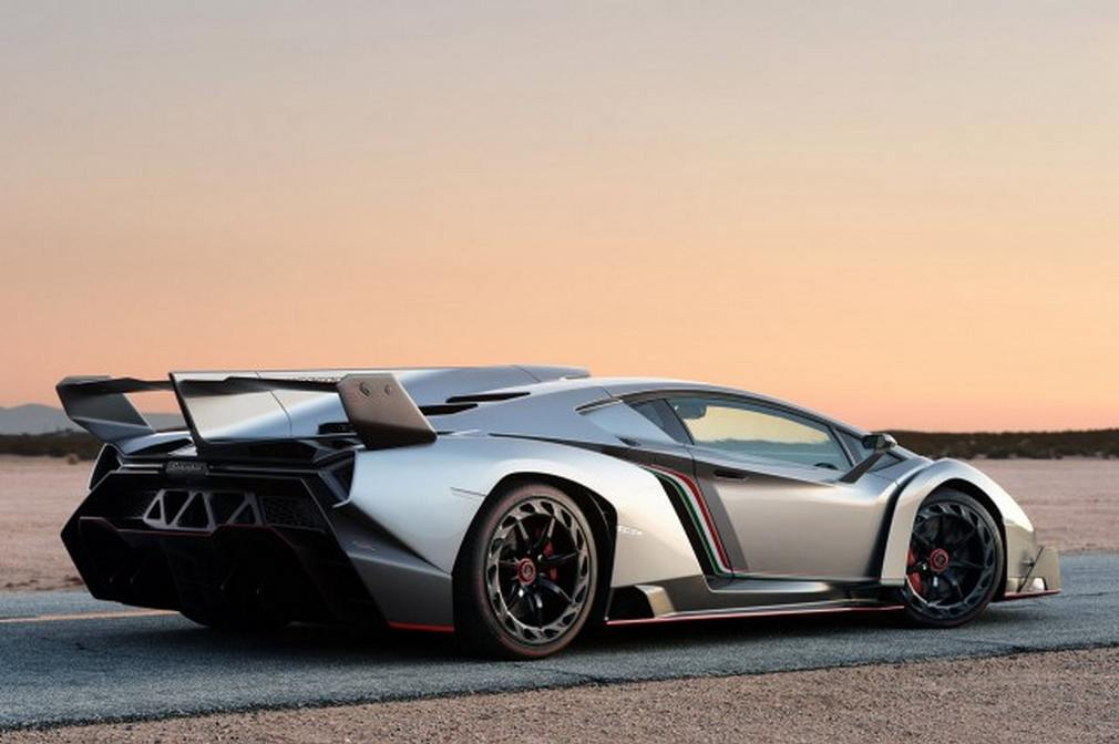 2018 Lamborghini Veneno photo - 5