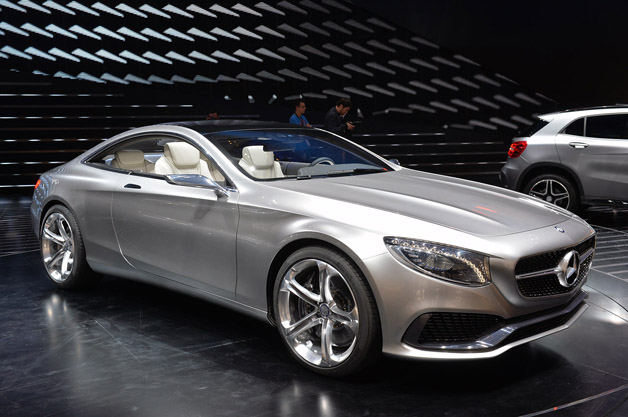 2018 Mercedes Benz CL Coupe photo - 3