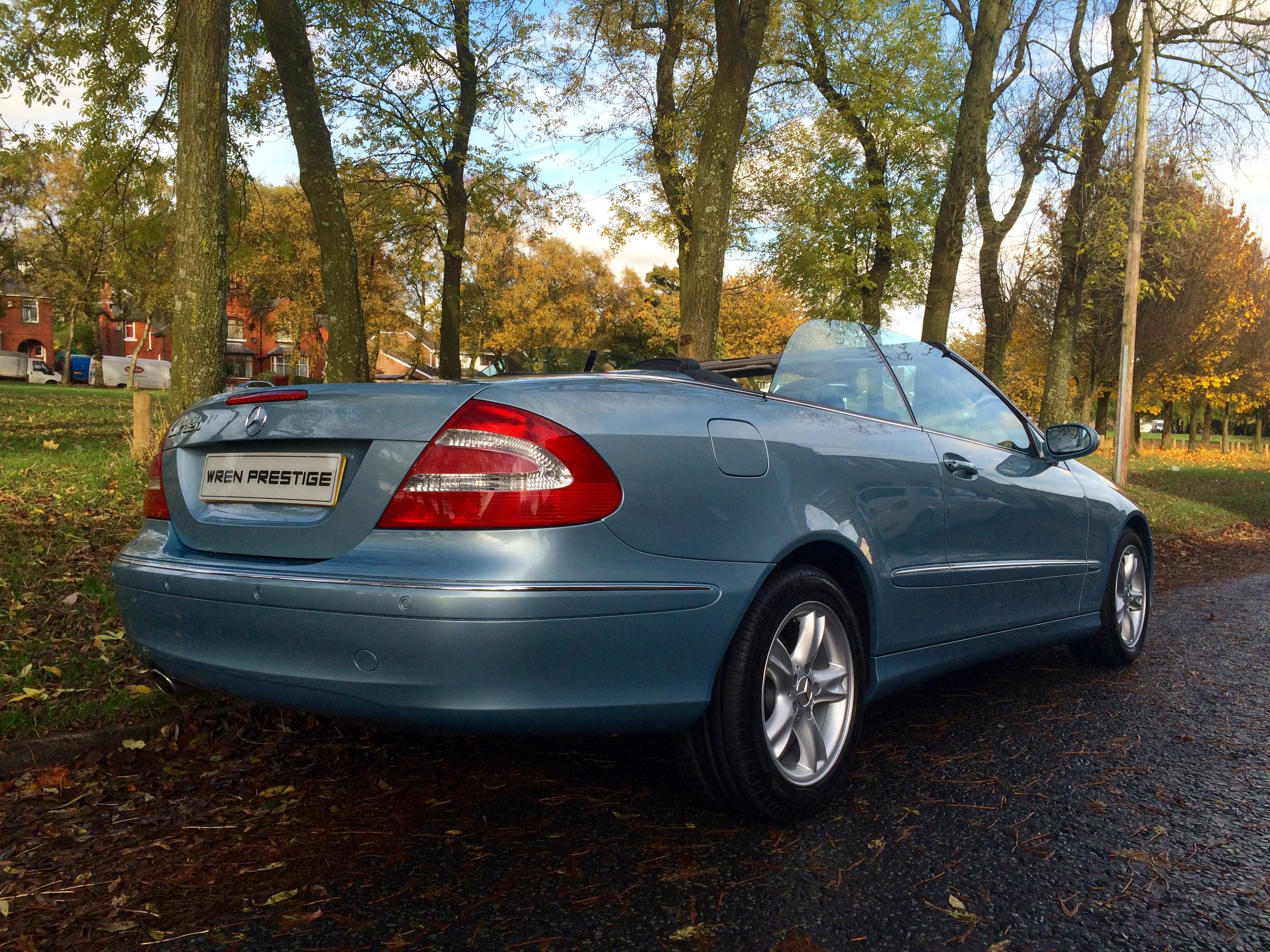 2018 Mercedes Benz CLK320 Cabriolet photo - 3