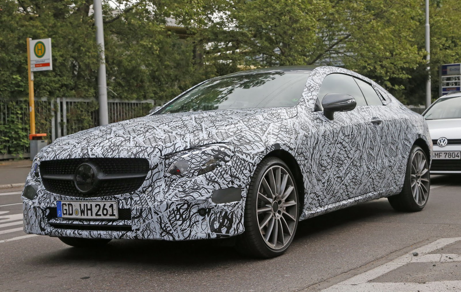 2018 Mercedes Benz E Class Cabriolet photo - 5
