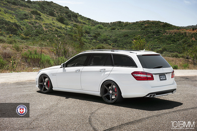 2018 Mercedes Benz E63 AMG Wagon photo - 1
