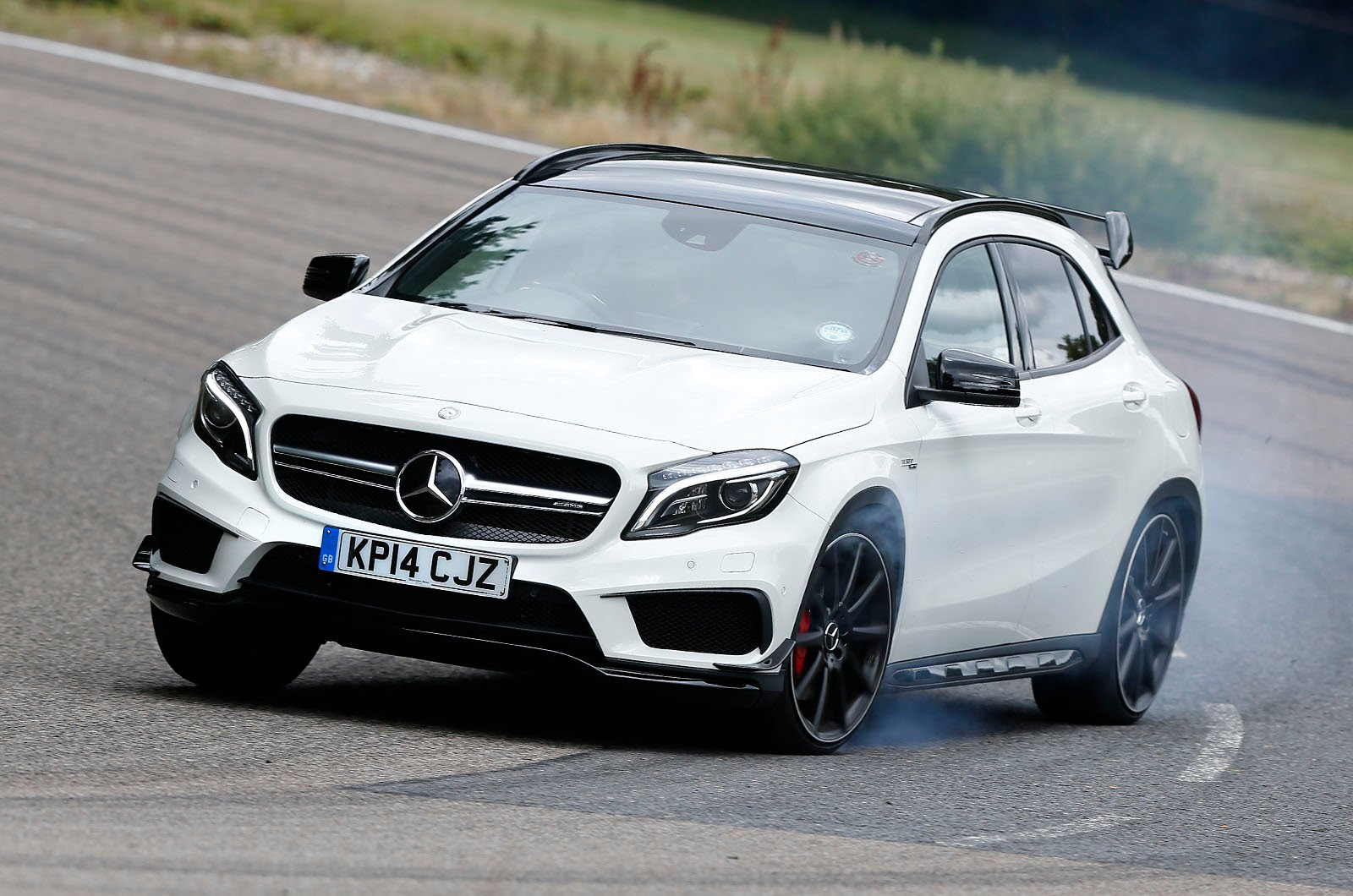 2018 Mercedes Benz GLA45 AMG photo - 2