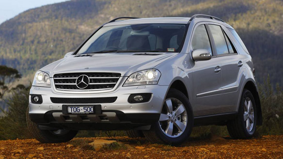 2018 Mercedes Benz ML500 photo - 4